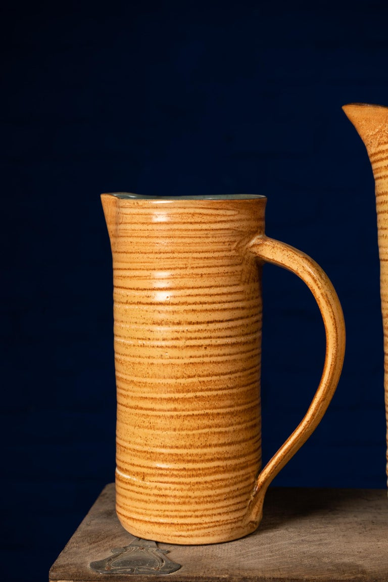 Lovely vintage set of pottery crafted by late Marcus Goldberger (see hand carved Marc 'Folkestone'). With speckled brown spiral bands, this handmade set has everything to please vintage lovers.  Measures: Teacups high (6) 8.5 height x 6.5 cm