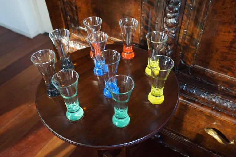 Rare colorful and Stylish Set of Midcentury Modern French Drinking Glasses  For Sale 4