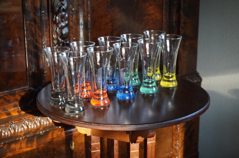 Rare colorful and Stylish Set of Midcentury Modern French Drinking Glasses  For Sale 9