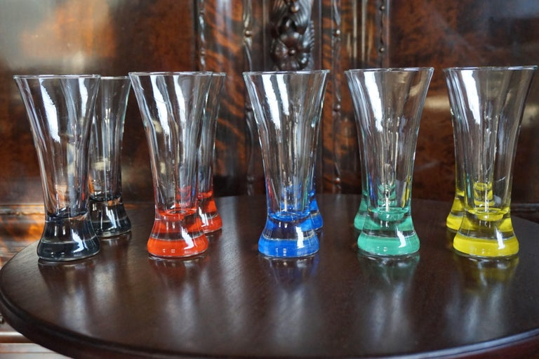 Rare colorful and Stylish Set of Midcentury Modern French Drinking Glasses  For Sale 11