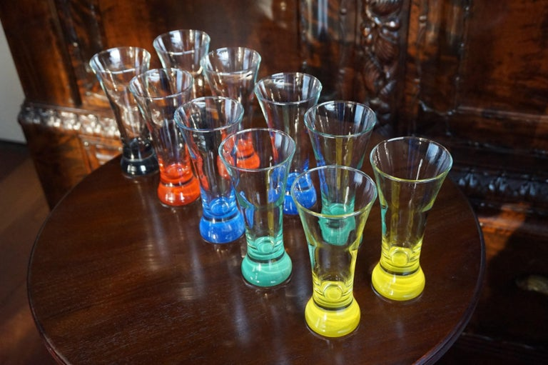 Rare colorful and Stylish Set of Midcentury Modern French Drinking Glasses  For Sale 12