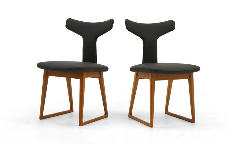 Scandinavian Modern Rare Set of Six Dining Chairs by Arne Vodder for Sibast, Teak and Black Leather For Sale