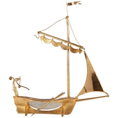 "Rare Ship ""Le Saint Louis"" Attributed to the Cristallerie Saint-Louis"