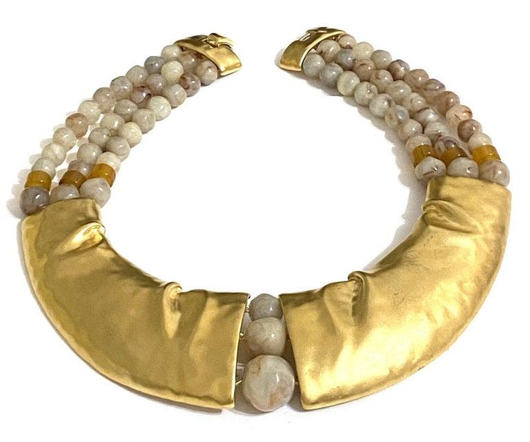 Rare Signed Trifari Designer Lucite Beads Golden Modernist Choker Necklace For Sale 2
