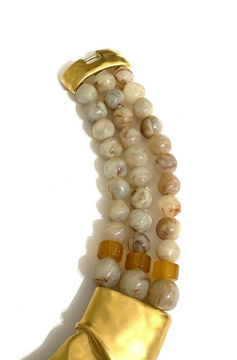Rare Signed Trifari Designer Lucite Beads Golden Modernist Choker Necklace For Sale 3