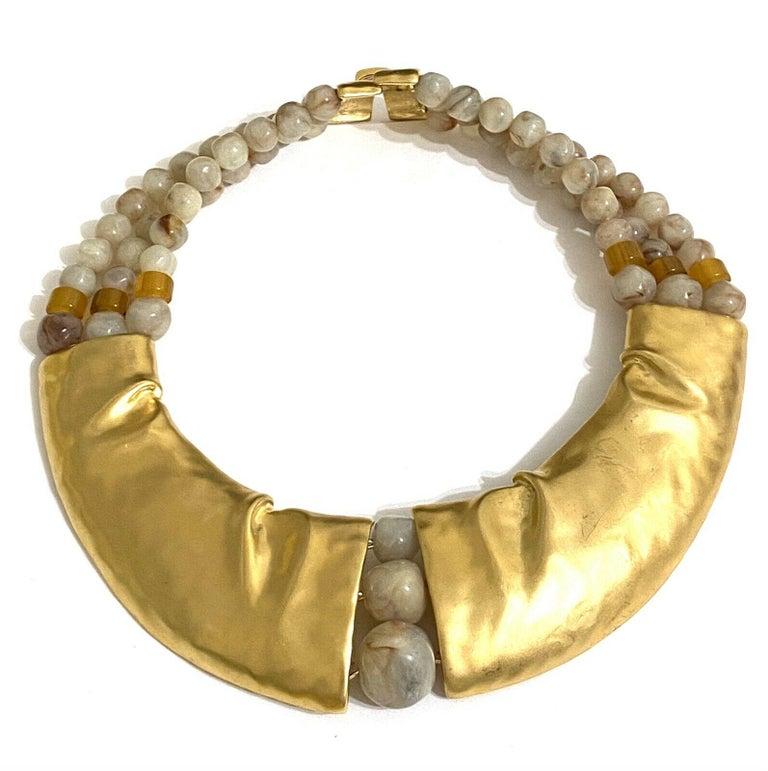 Rare Signed Trifari Designer Lucite Beads Golden Modernist Choker Necklace For Sale 4