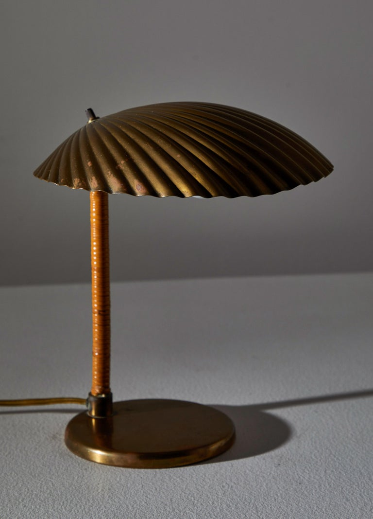 Finnish Rare Simpukka Table Lamp by Paavo Tynell for Taito Oy For Sale