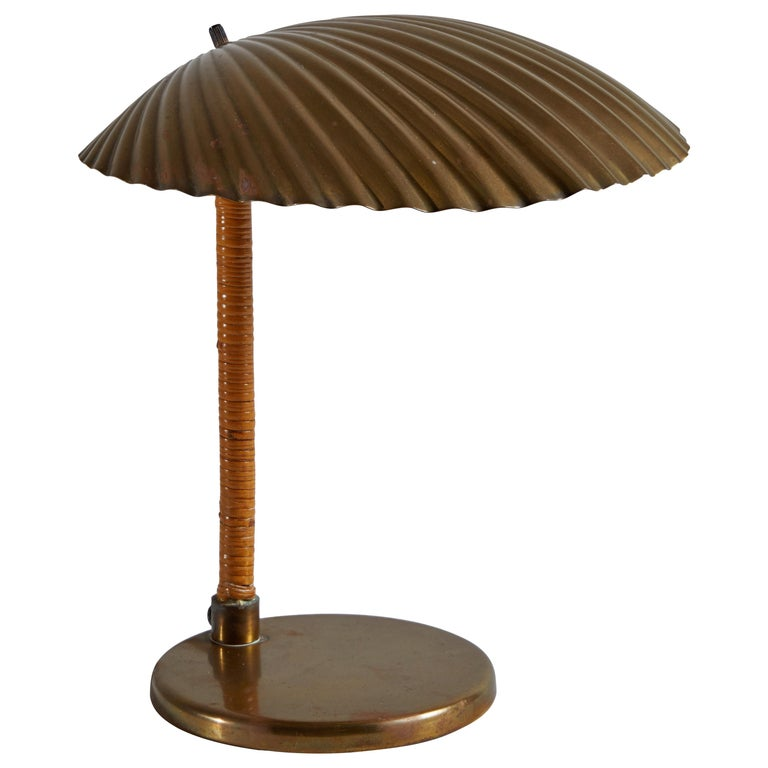 Rare Simpukka Table Lamp by Paavo Tynell for Taito Oy For Sale