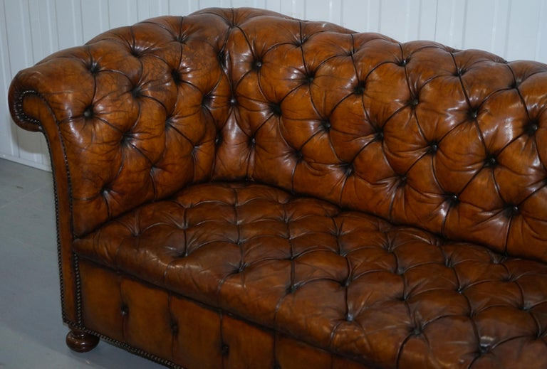 Rare Sloped Back Victorian Chesterfield Hand Dyed Brown Leather Sofa Horse Hair For Sale 4