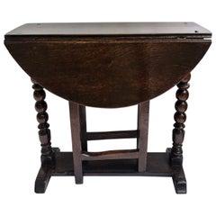 Rare Small Antique 17th Century Oak Gate Leg Table