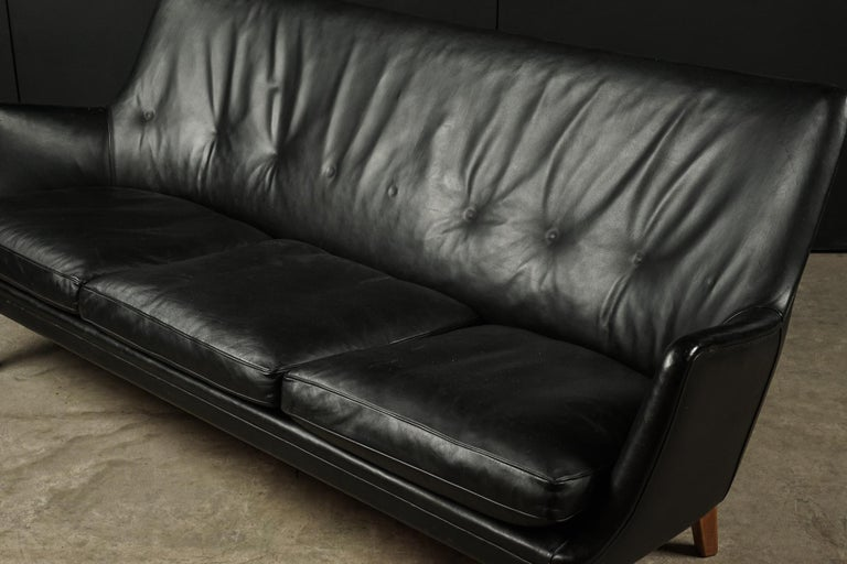 Rare Midcentury Leather Sofa Designed by Arne Vodder, Denmark, circa 1960 In Good Condition For Sale In Nashville, TN