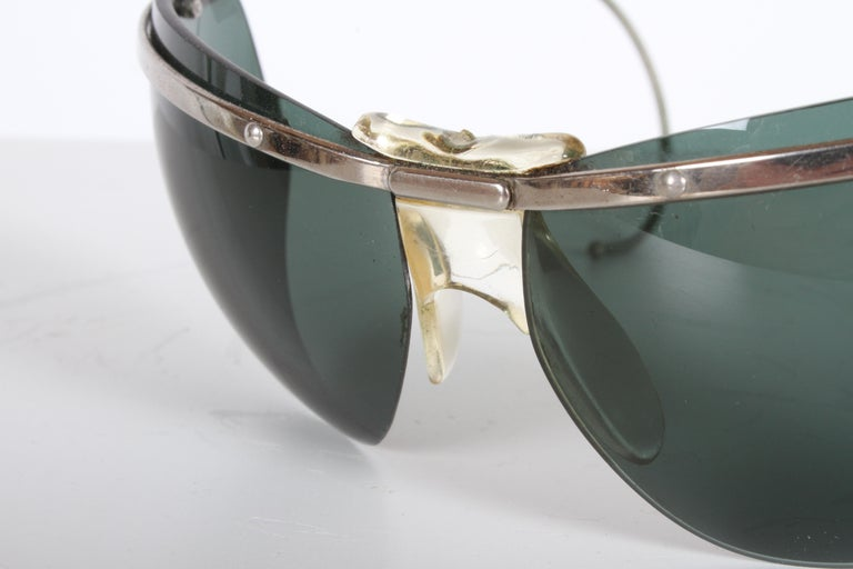 Mid-20th Century Rare Sport Wraparound 1960s Vintage Sunglasses by Sol-Amor France, Green Lenses For Sale