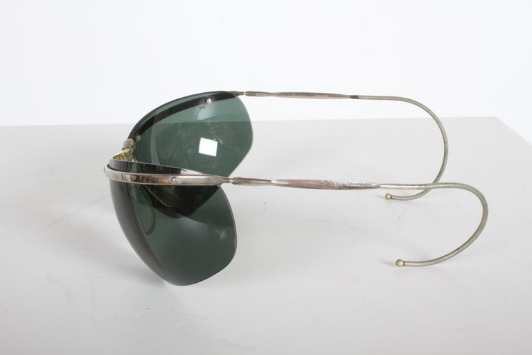 Rare Sport Wraparound 1960s Vintage Sunglasses by Sol-Amor France, Green Lenses For Sale 2