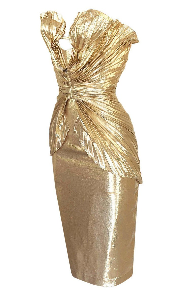 Women's Rare Spring 1985 Thierry Mugler Bombshell Pleated Gold Lurex 'Shell' Dress For Sale
