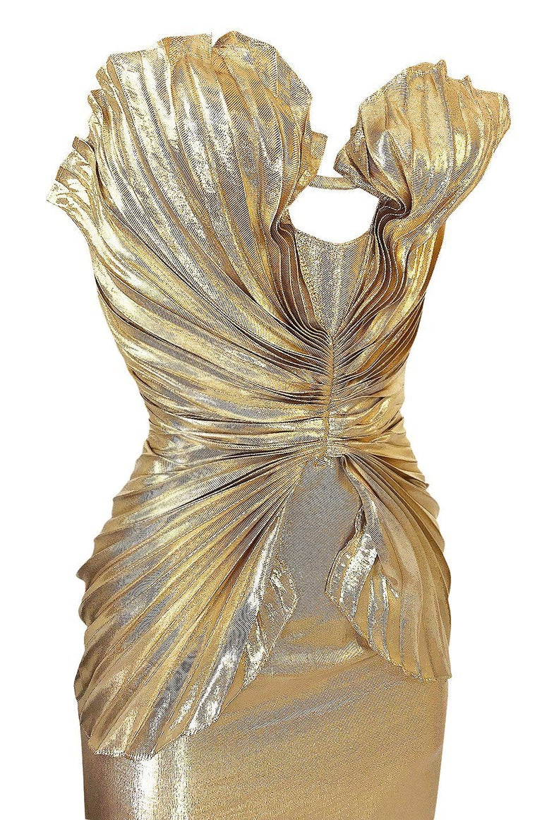Rare Spring 1985 Thierry Mugler Bombshell Pleated Gold Lurex 'Shell' Dress For Sale 4