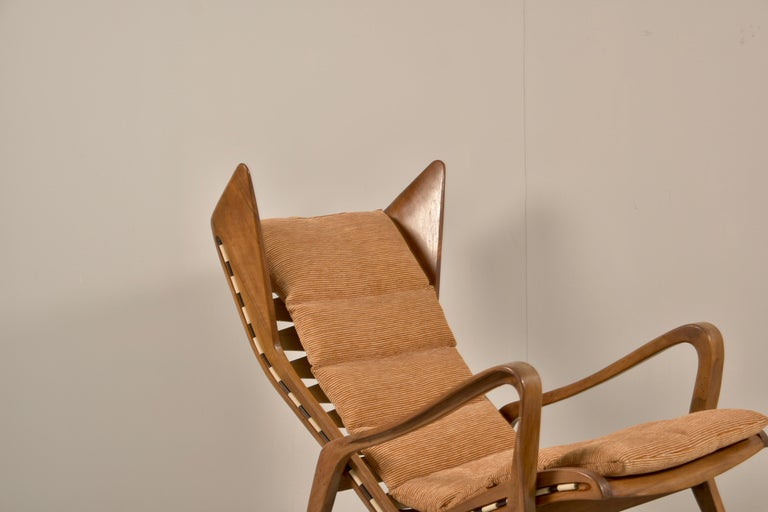 Mid-Century Modern Rare Studio Cassina Rocking Chair Model 572 For Sale