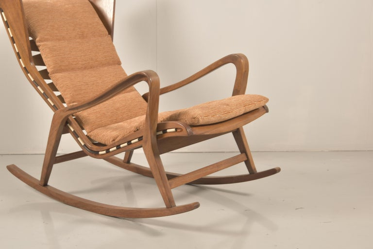 Italian Rare Studio Cassina Rocking Chair Model 572 For Sale