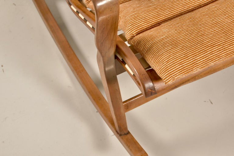 Walnut Rare Studio Cassina Rocking Chair Model 572 For Sale