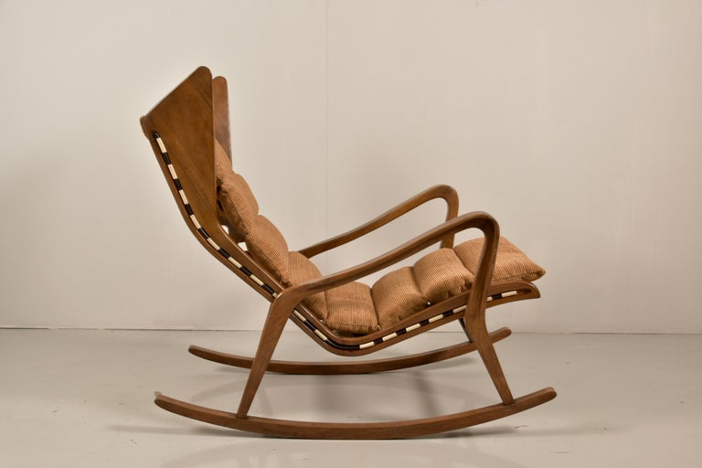 Rare Studio Cassina Rocking Chair Model 572 For Sale 1