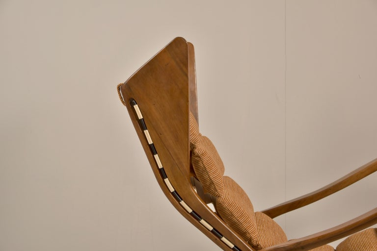 Rare Studio Cassina Rocking Chair Model 572 For Sale 2
