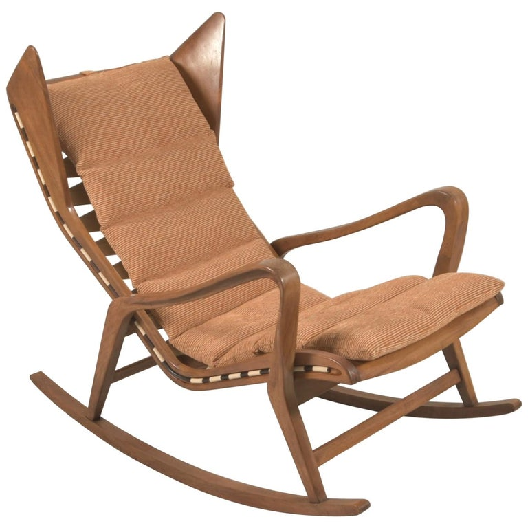 Rare Studio Cassina Rocking Chair Model 572 For Sale