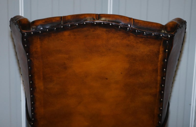 Rare Stunning William Morris Cigar Brown Leather Chesterfield Wingback Armchair For Sale 9