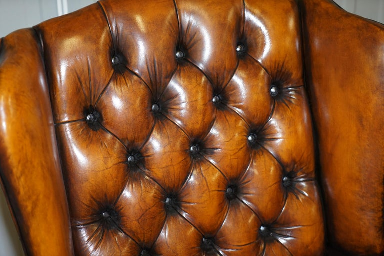 Rare Stunning William Morris Cigar Brown Leather Chesterfield Wingback Armchair In Good Condition For Sale In London, GB
