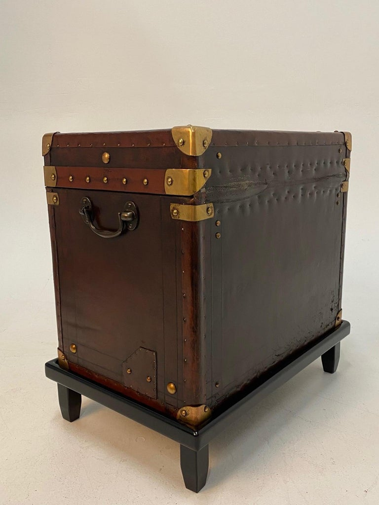 Rare Superb Pair of Leather Military Trunks on Stands with Brass Decoration For Sale 11