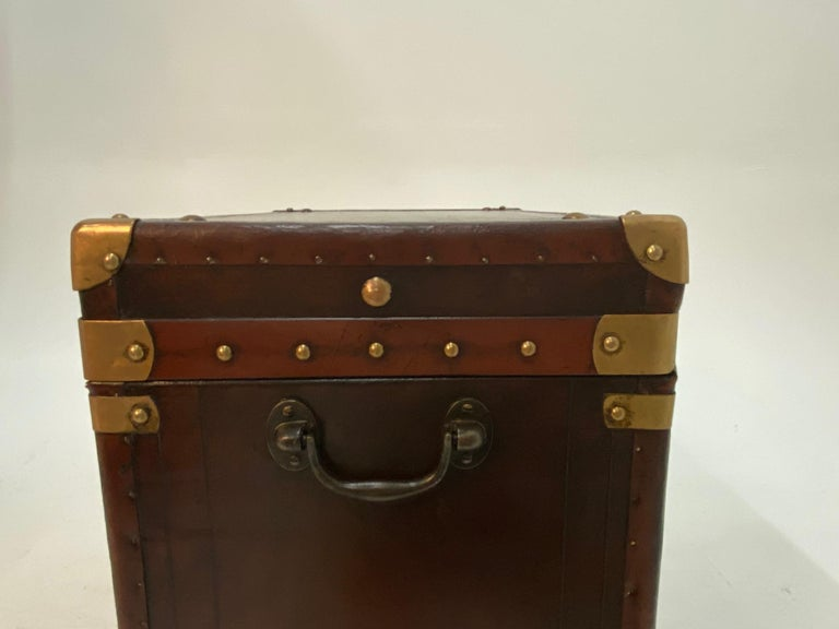 Rare Superb Pair of Leather Military Trunks on Stands with Brass Decoration In Good Condition For Sale In Hopewell, NJ
