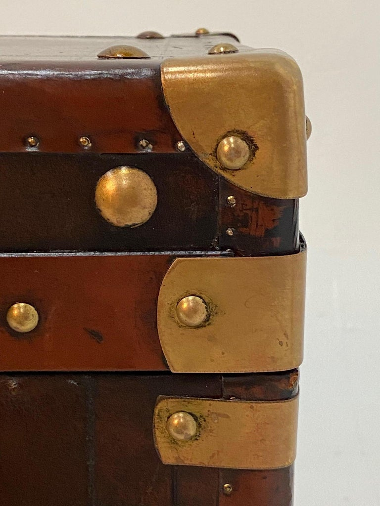 Rare Superb Pair of Leather Military Trunks on Stands with Brass Decoration For Sale 2