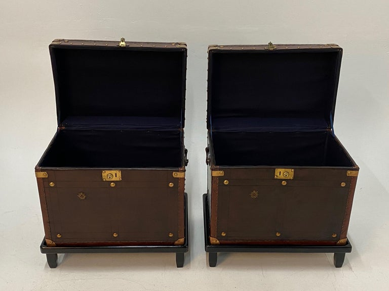 Rare Superb Pair of Leather Military Trunks on Stands with Brass Decoration For Sale 3