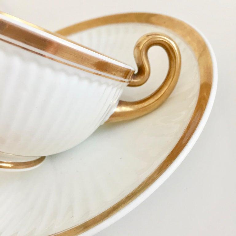 Swansea Porcelain Tea Set, Tea & Breakfast Cup White and Gilt, Regency ca 1820 For Sale 4
