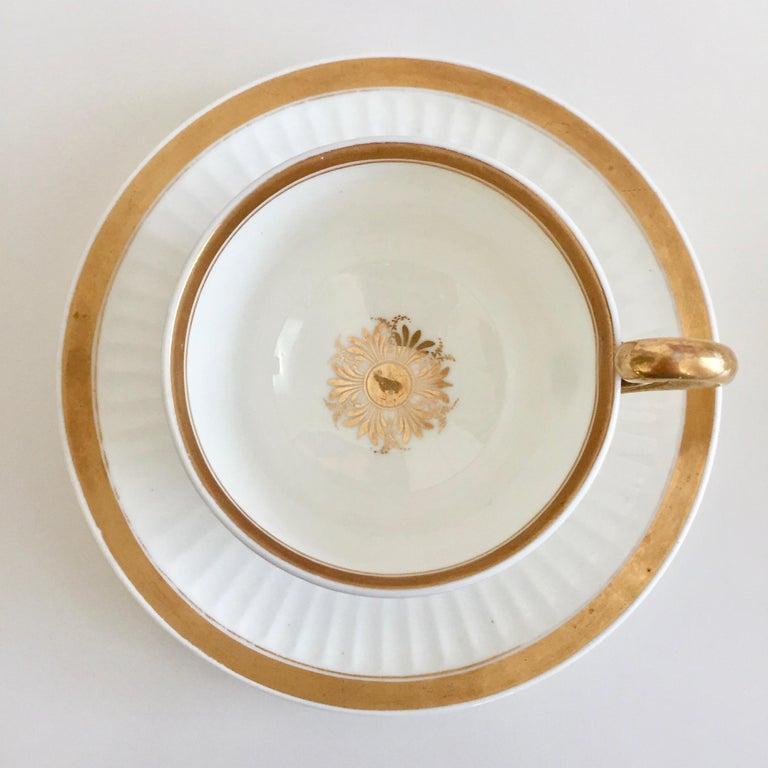 Swansea Porcelain Tea Set, Tea & Breakfast Cup White and Gilt, Regency ca 1820 For Sale 1