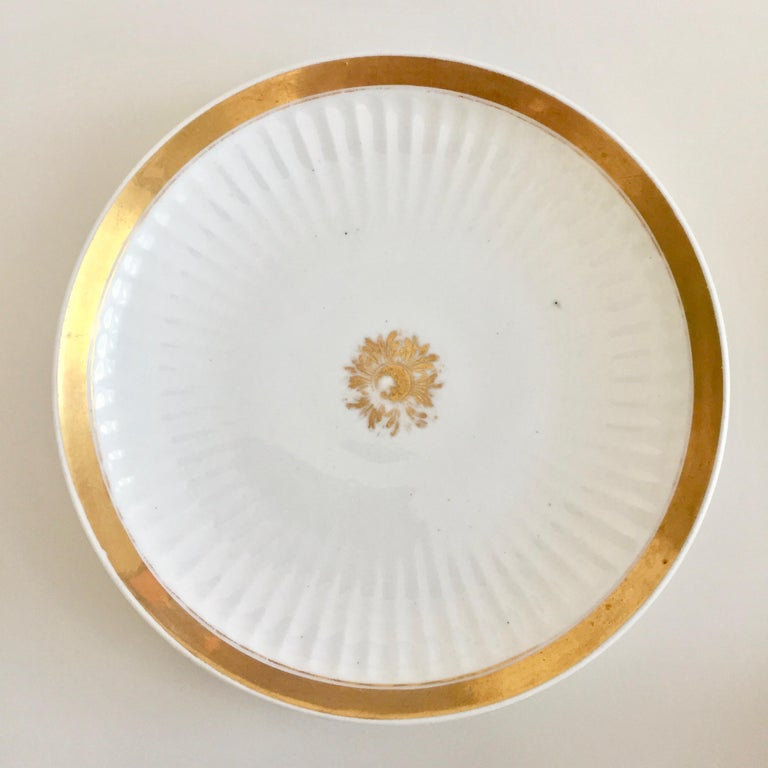 Swansea Porcelain Tea Set, Tea & Breakfast Cup White and Gilt, Regency ca 1820 For Sale 2