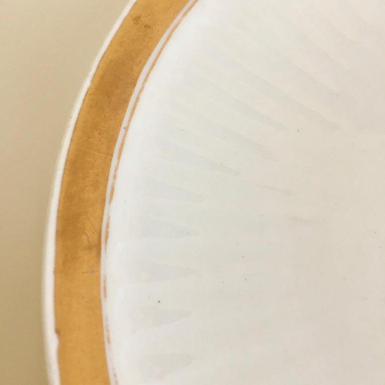 Swansea Porcelain Tea Set, Tea & Breakfast Cup White and Gilt, Regency ca 1820 For Sale 3