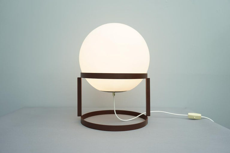 Rare Table Lamp 'Tischkugelleuchte' by Carl Auböck, 1969 In Good Condition For Sale In Frankfurt / Dreieich, DE