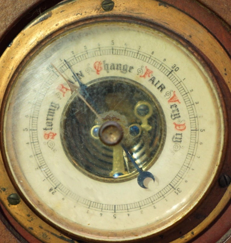 Rare Tall 19th Century Continental Walnut Fret Carved Barometer Oriental In Good Condition For Sale In London, GB
