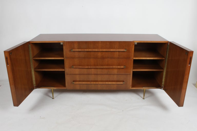 Rare T.H. Robsjohn-Gibbings for Widdicomb Sideboard In Excellent Condition For Sale In St. Louis, MO