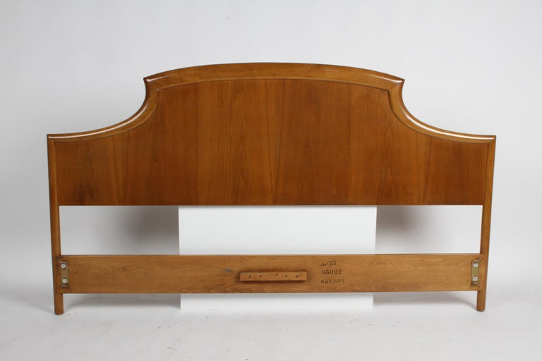 Rare T.H. Robsjohns-Gibbings for Widdicomb Sculptural King Size Headboard For Sale 6