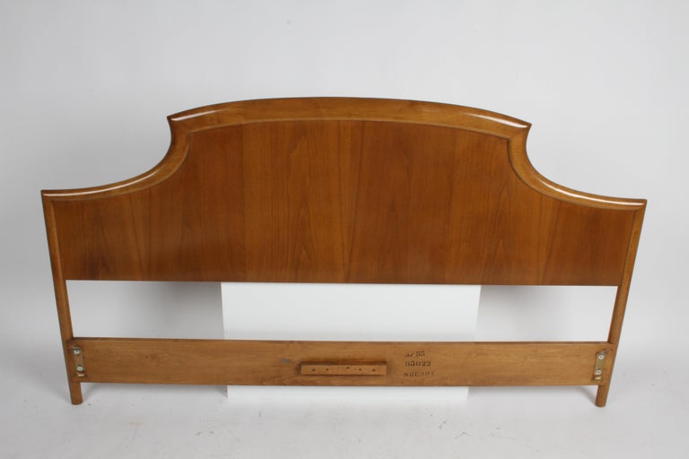 American Rare T.H. Robsjohns-Gibbings for Widdicomb Sculptural King Size Headboard For Sale