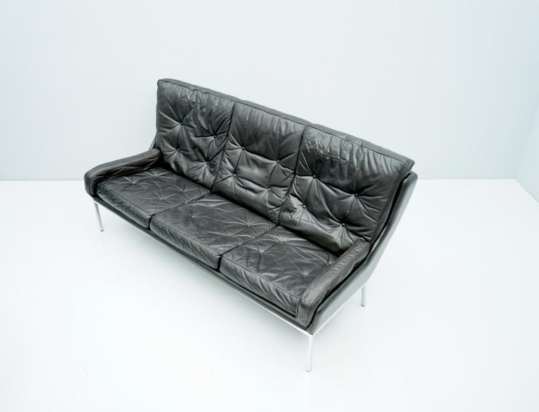 Mid-Century Modern Rare Three-Seat Sofa by Roland Rainer in Black Leather, 1960s For Sale