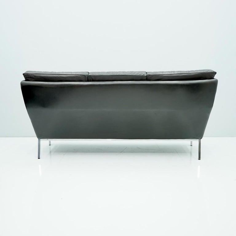 Rare Three-Seat Sofa by Roland Rainer in Black Leather, 1960s In Good Condition For Sale In Frankfurt / Dreieich, DE