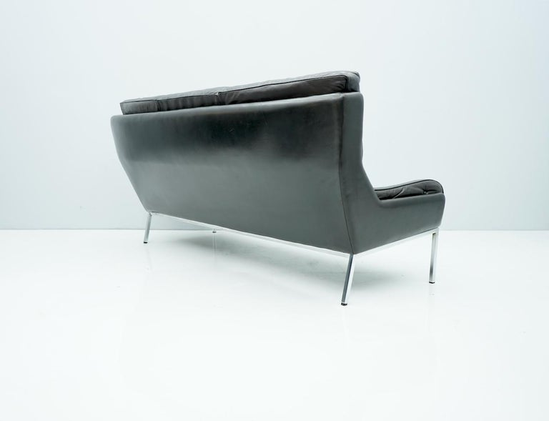 Mid-20th Century Rare Three-Seat Sofa by Roland Rainer in Black Leather, 1960s For Sale