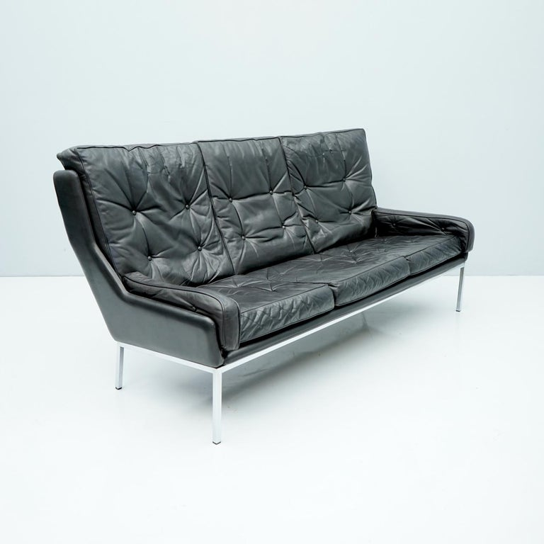 Rare Three-Seat Sofa by Roland Rainer in Black Leather, 1960s For Sale 1