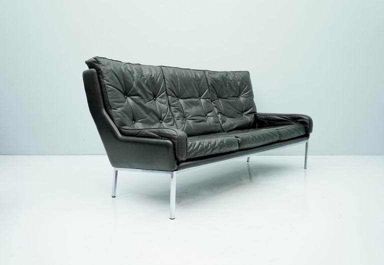 Rare Three-Seat Sofa by Roland Rainer in Black Leather, 1960s For Sale 2