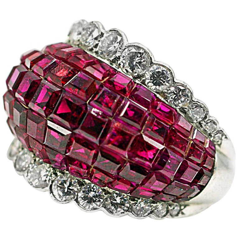 Rare Van Cleef & Arpels Mystery Set Ruby and Diamond Platinum  Ring For Sale