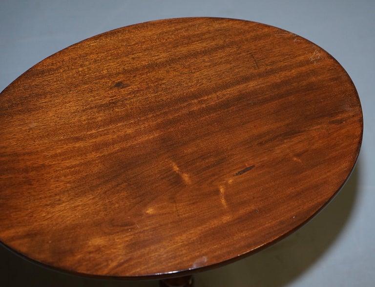 19th Century Rare Victorian Bobbin Turned Mahogany Tilt-Top Side End Lamp Wine Tripod Table For Sale