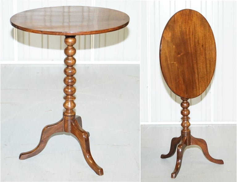 We are delighted to offer for sale this stunning original Victorian mahogany tripod piller Bobbin turned base tilt-top side table  A good looking well made tripod table in excellent order, ideally suited for a lamp and picture frame. It is a