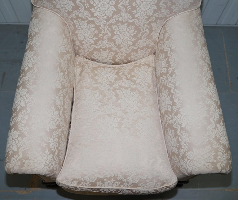 Rare Victorian Damask Upholstery Walnut Carved Lion Paw Feet Sofa Armchair Suite For Sale 10