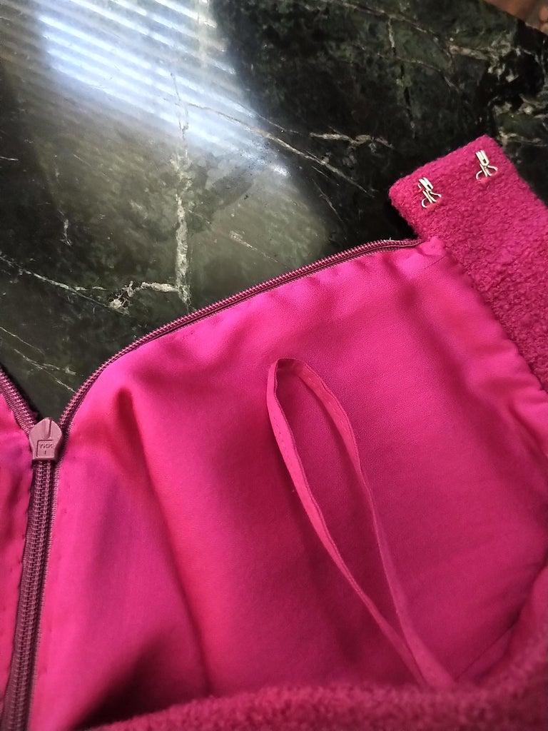 Rare Vintage Chanel 1980's CC Pink Violet Tweed Jacket Skirt Suit FR 40/ US 6 8 For Sale 13